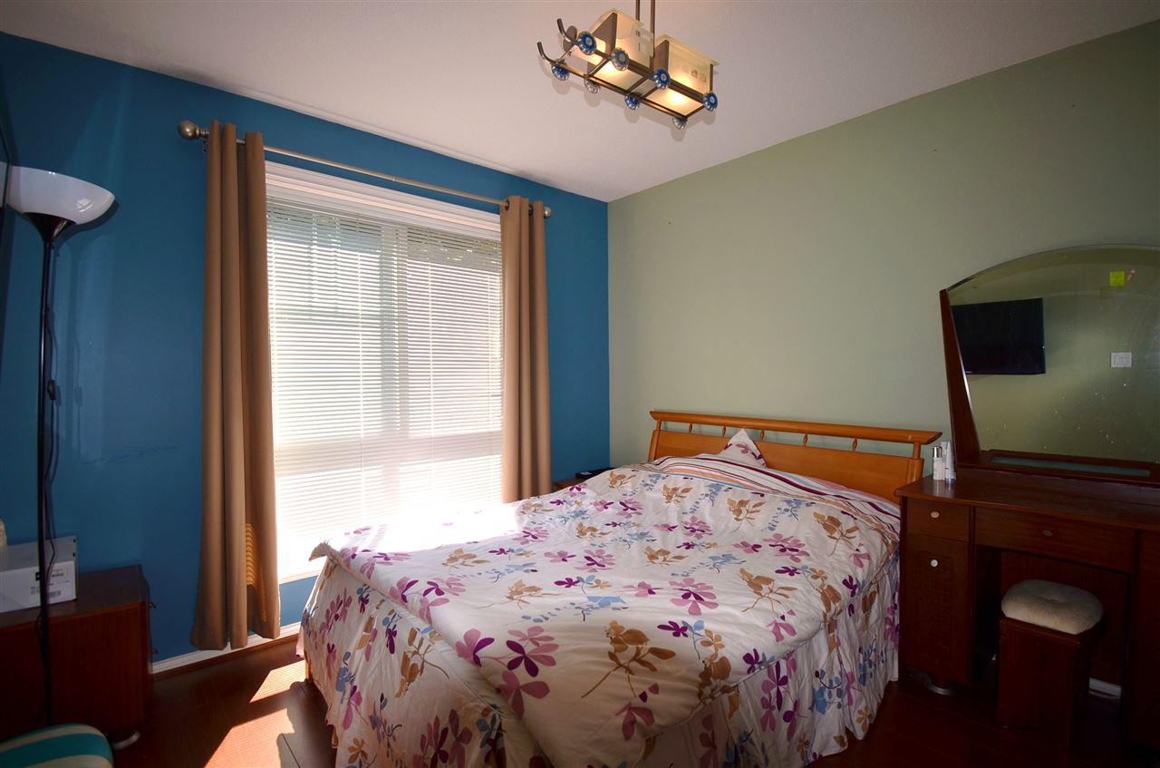 Condo Apartment at 310 15342 20 AVENUE, Unit 310, South Surrey White Rock, British Columbia. Image 15