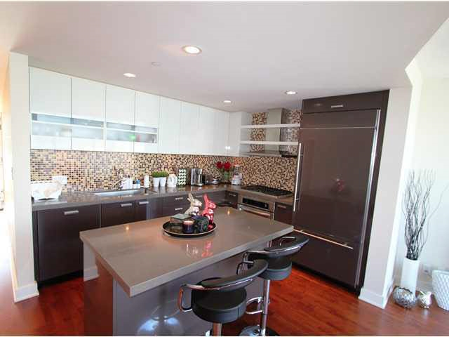 Condo Apartment at 2602 1277 MELVILLE STREET, Unit 2602, Vancouver West, British Columbia. Image 5