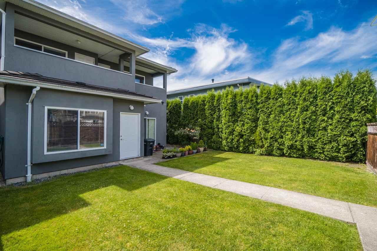 Half-duplex at 6610 COLBORNE AVENUE, Burnaby South, British Columbia. Image 3