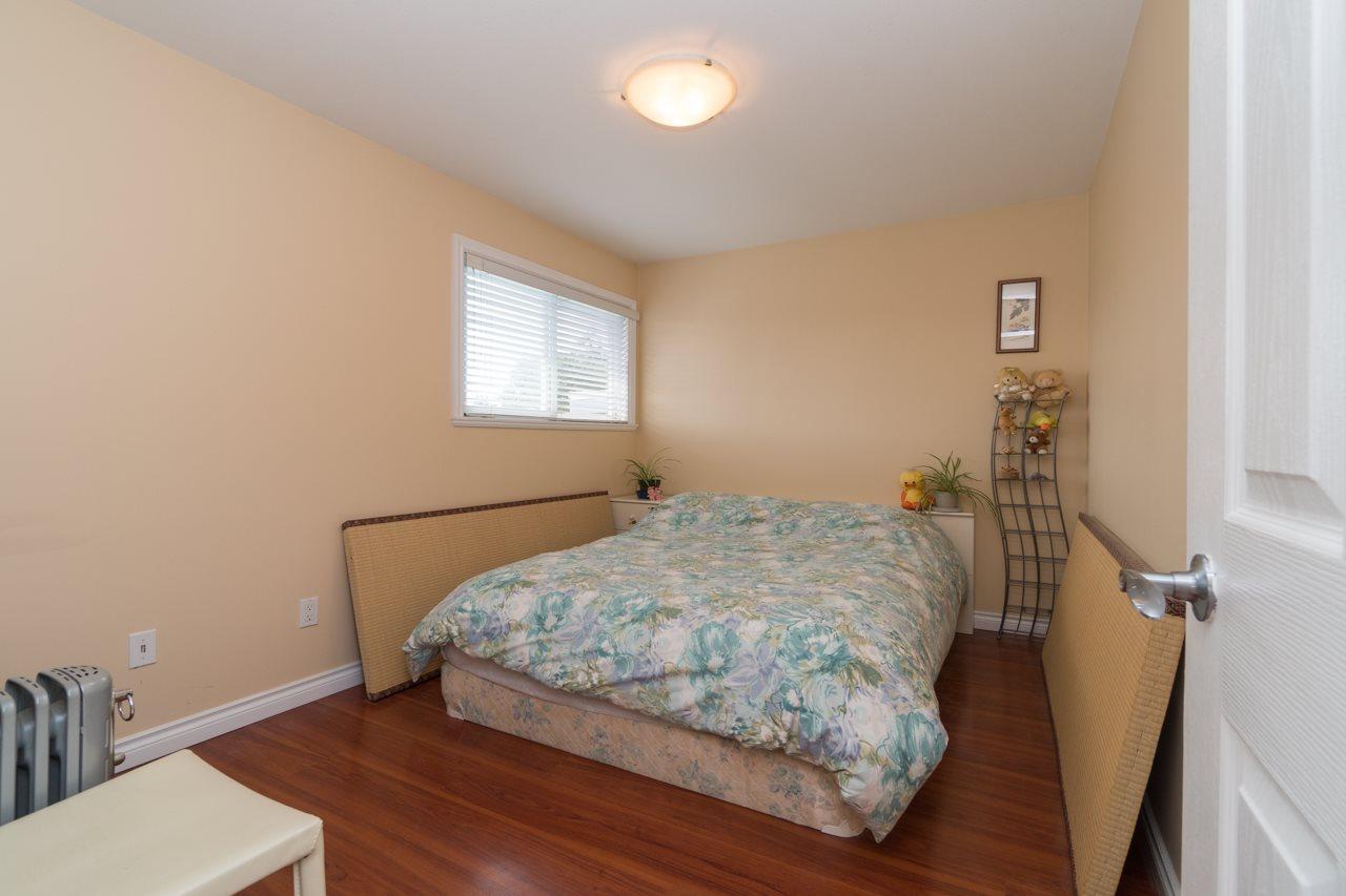 Half-duplex at 6610 COLBORNE AVENUE, Burnaby South, British Columbia. Image 16