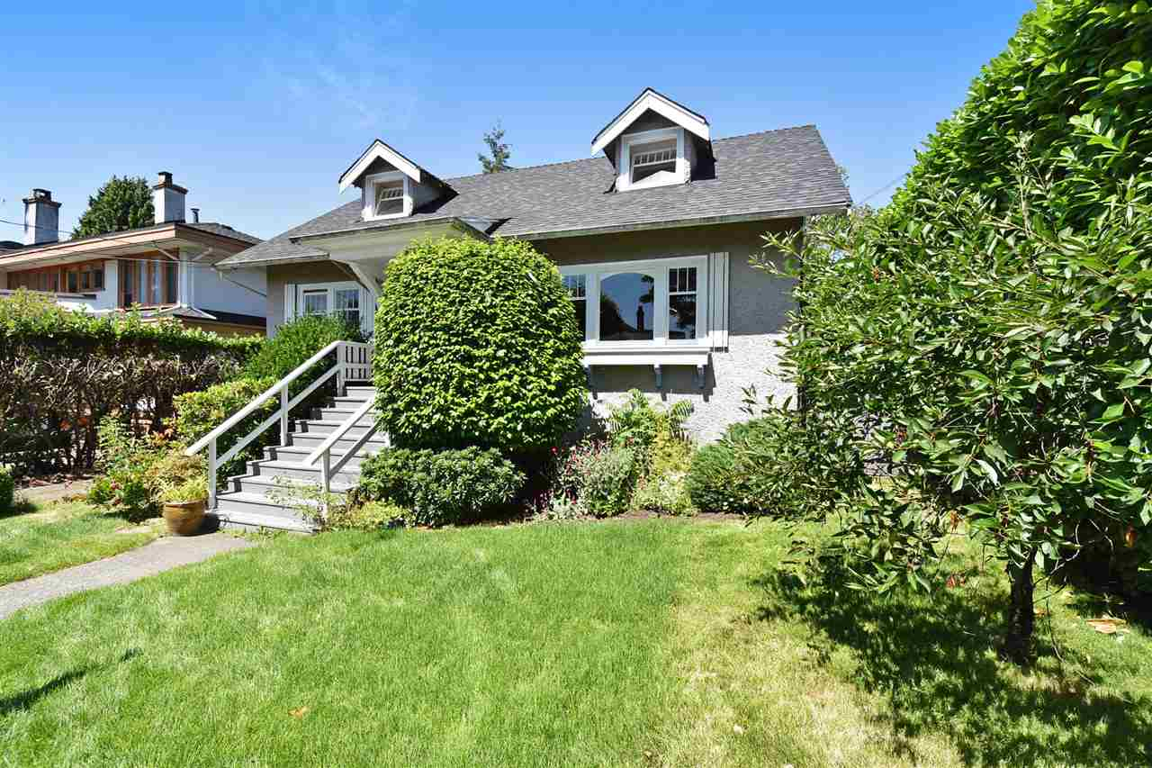 Detached at 2107 W 51ST AVENUE, Vancouver West, British Columbia. Image 3