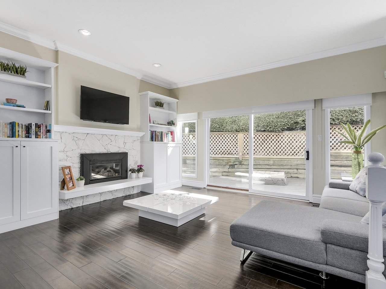 Detached at 5220 SPRUCEFEILD ROAD, West Vancouver, British Columbia. Image 6