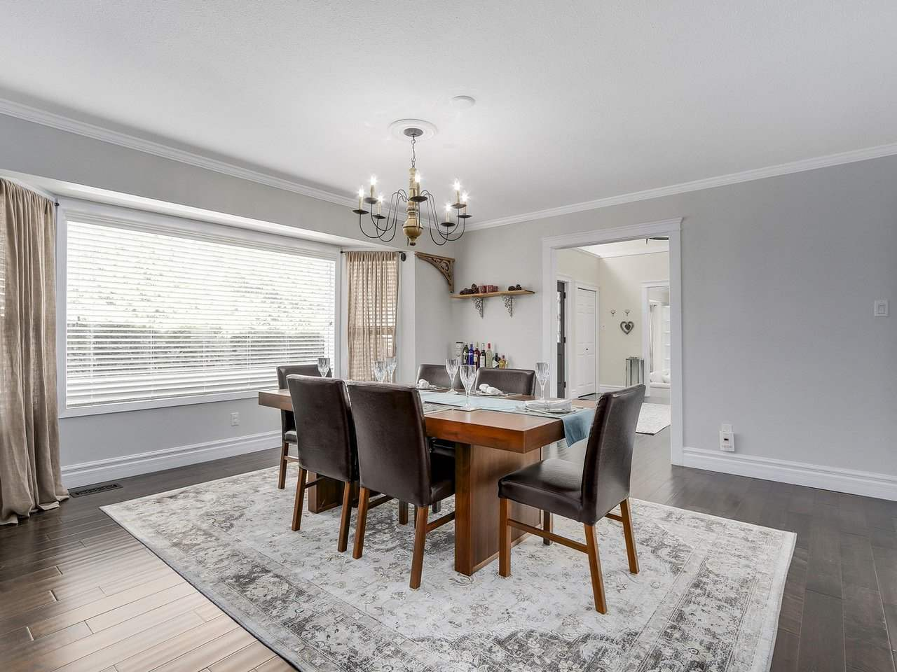 Detached at 5220 SPRUCEFEILD ROAD, West Vancouver, British Columbia. Image 11