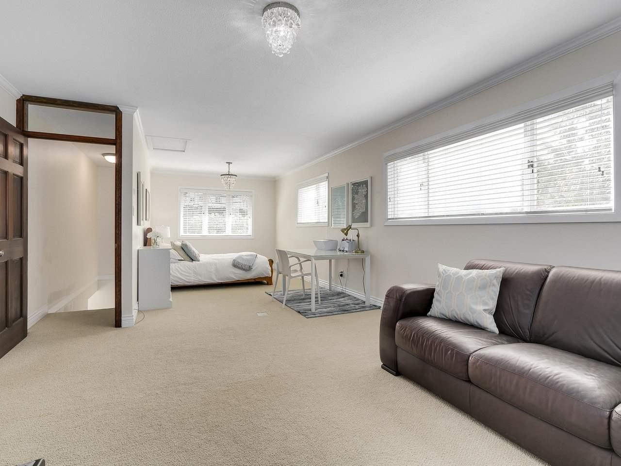 Detached at 5220 SPRUCEFEILD ROAD, West Vancouver, British Columbia. Image 16