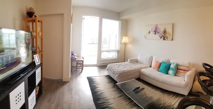 Condo Apartment at 301 15628 104 AVENUE, Unit 301, North Surrey, British Columbia. Image 2