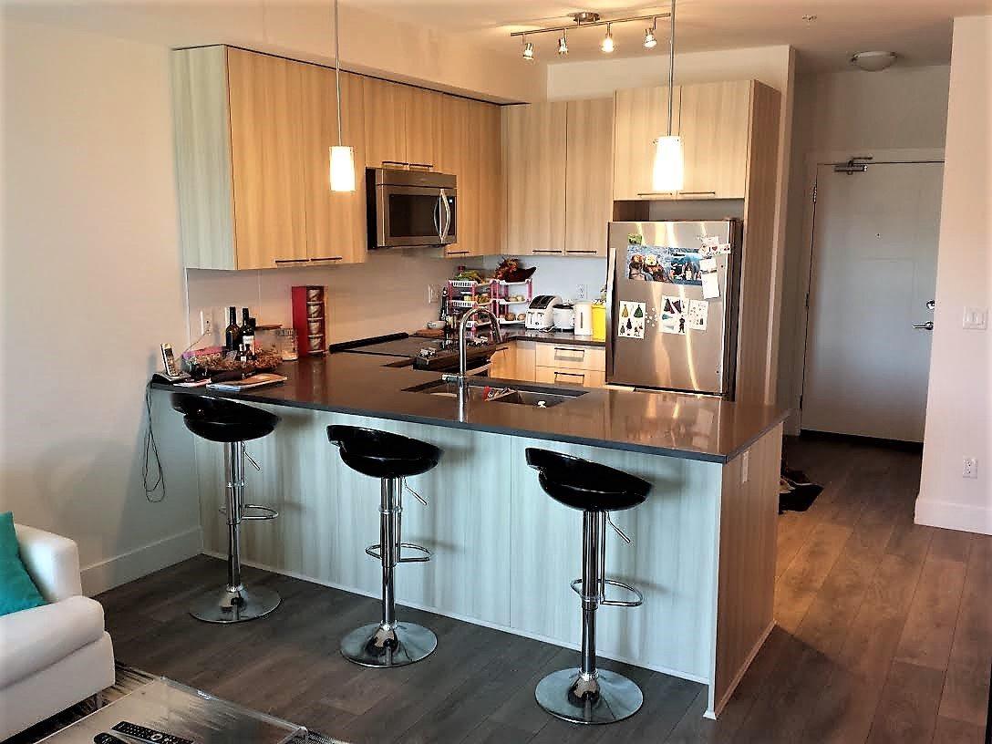 Condo Apartment at 301 15628 104 AVENUE, Unit 301, North Surrey, British Columbia. Image 4