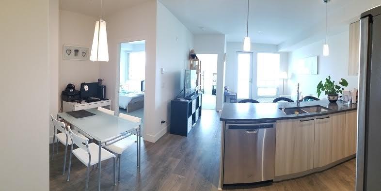Condo Apartment at 301 15628 104 AVENUE, Unit 301, North Surrey, British Columbia. Image 5