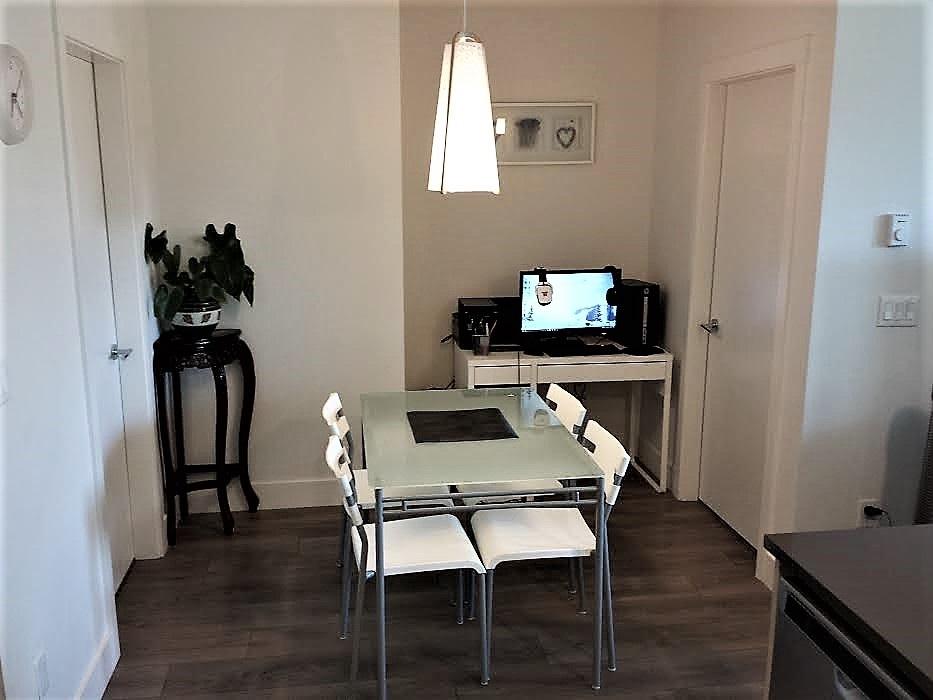 Condo Apartment at 301 15628 104 AVENUE, Unit 301, North Surrey, British Columbia. Image 6