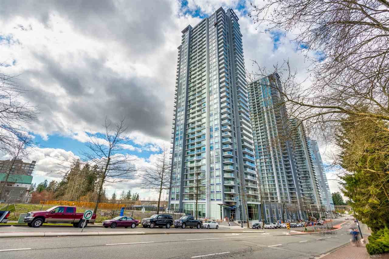 Condo Apartment at 3301 13750 100 AVENUE, Unit 3301, North Surrey, British Columbia. Image 1