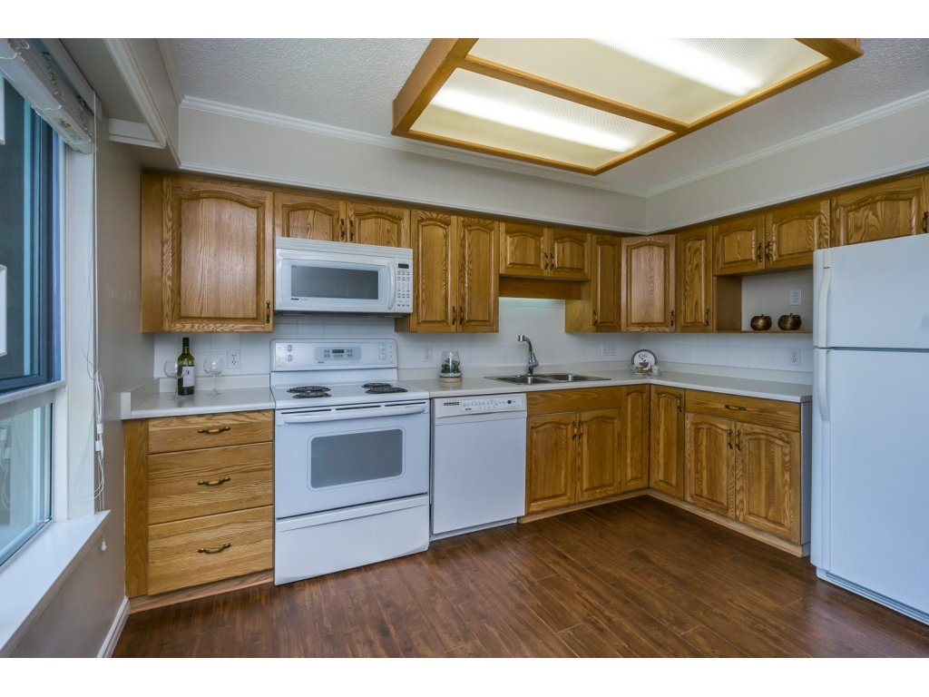 Condo Apartment at 404 3150 GLADWIN ROAD, Unit 404, Abbotsford, British Columbia. Image 8