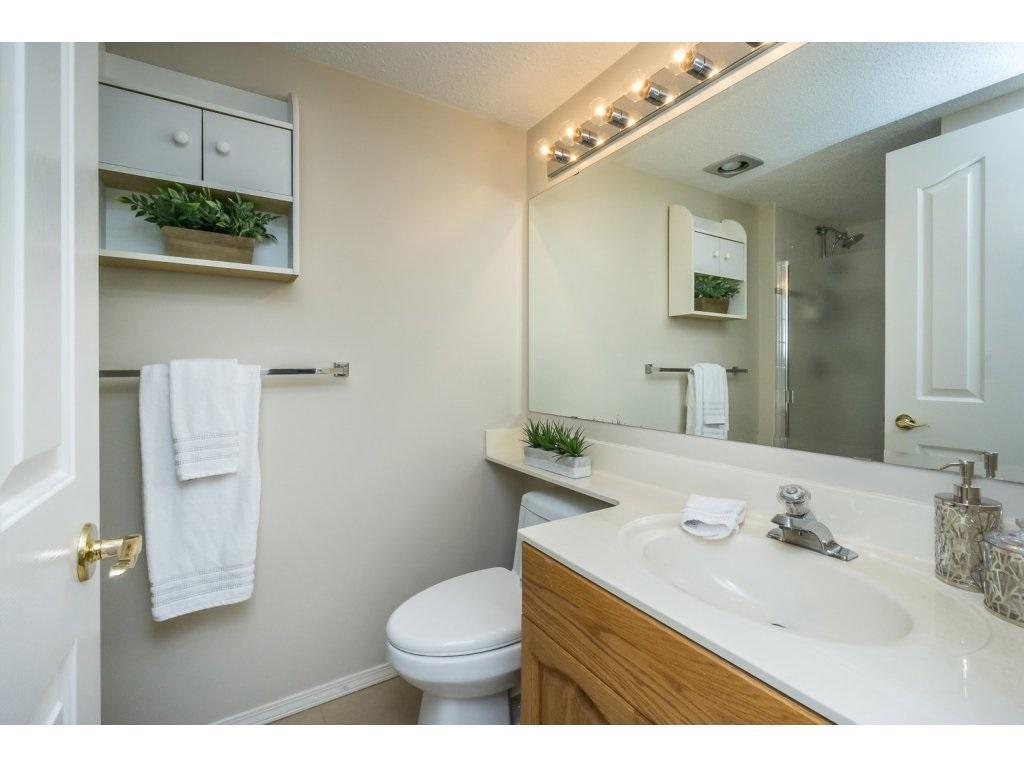 Condo Apartment at 404 3150 GLADWIN ROAD, Unit 404, Abbotsford, British Columbia. Image 12