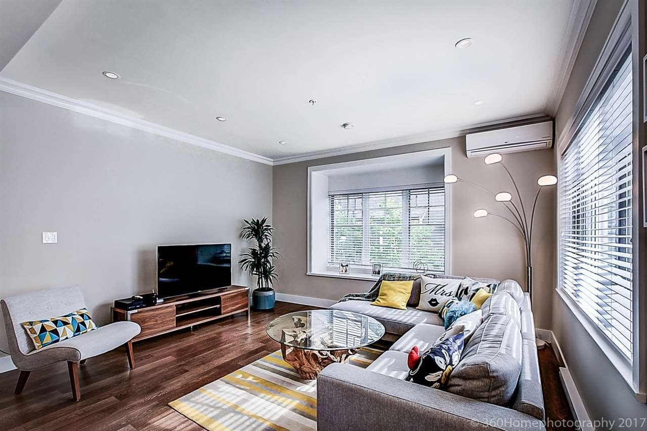 Townhouse at 1489 TILNEY MEWS, Vancouver West, British Columbia. Image 3