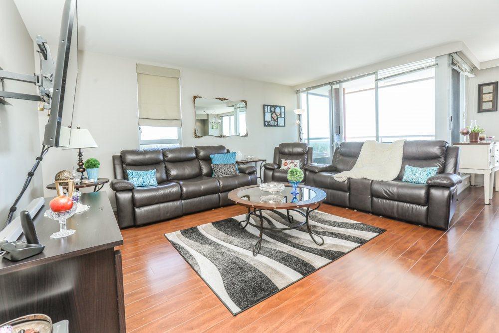 Condo Apartment at 1206 11980 222 STREET, Unit 1206, Maple Ridge, British Columbia. Image 2