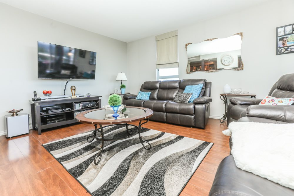 Condo Apartment at 1206 11980 222 STREET, Unit 1206, Maple Ridge, British Columbia. Image 3