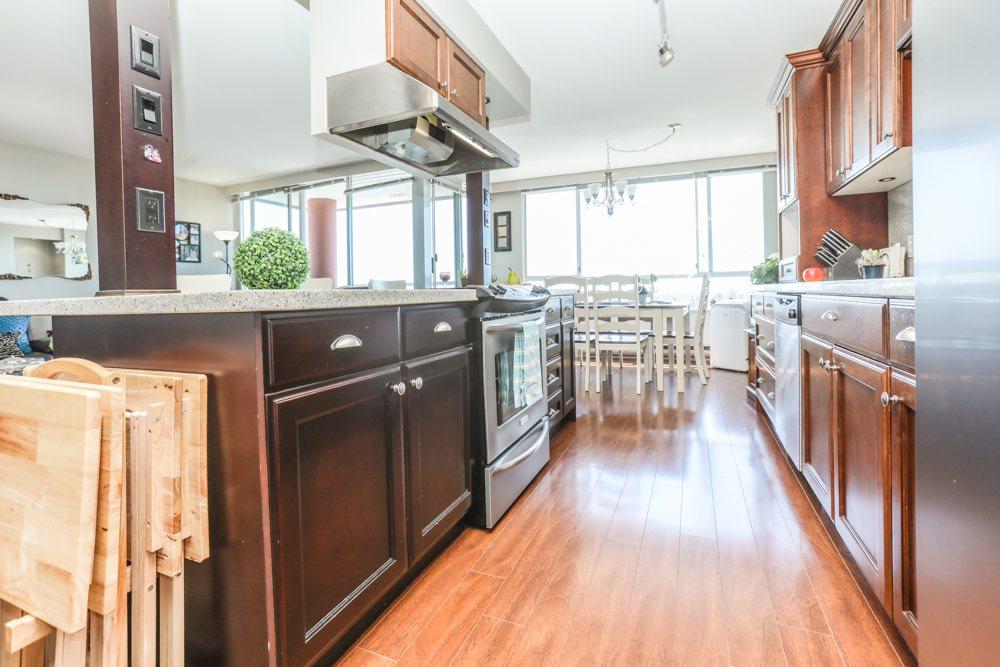 Condo Apartment at 1206 11980 222 STREET, Unit 1206, Maple Ridge, British Columbia. Image 8