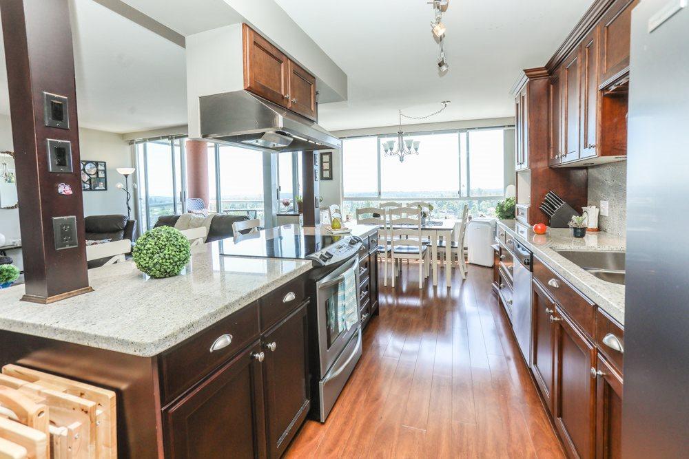 Condo Apartment at 1206 11980 222 STREET, Unit 1206, Maple Ridge, British Columbia. Image 9