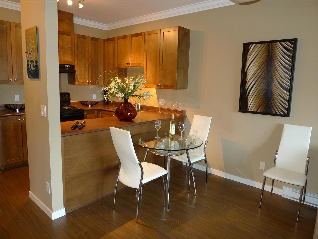 Condo Apartment at 522 13277 108 AVENUE, Unit 522, North Surrey, British Columbia. Image 5