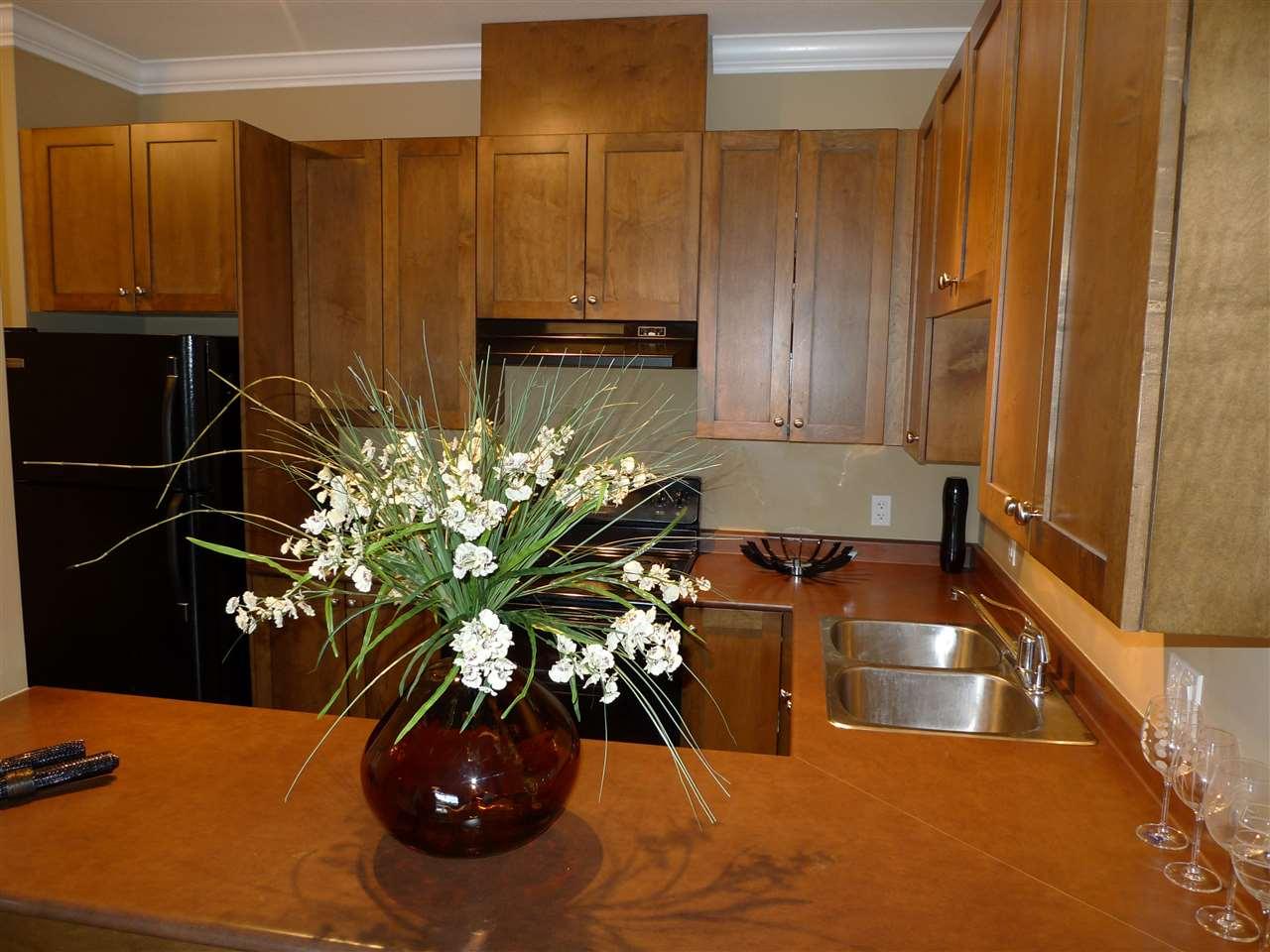 Condo Apartment at 522 13277 108 AVENUE, Unit 522, North Surrey, British Columbia. Image 7