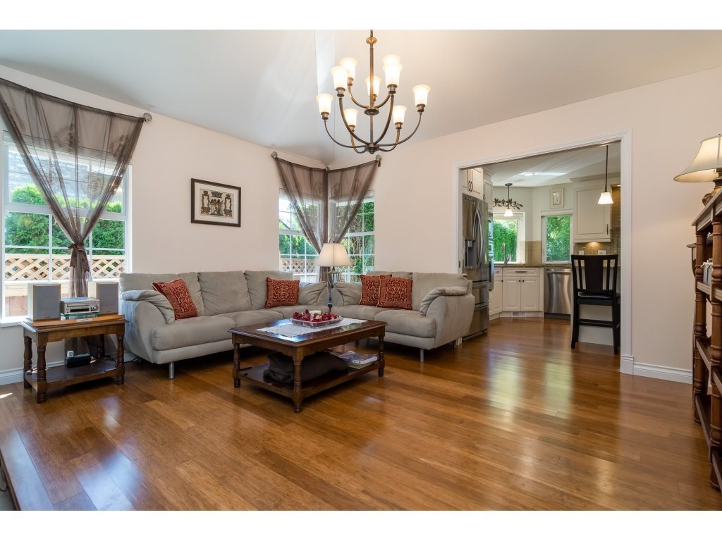 Detached at 13796 19A AVENUE, South Surrey White Rock, British Columbia. Image 6