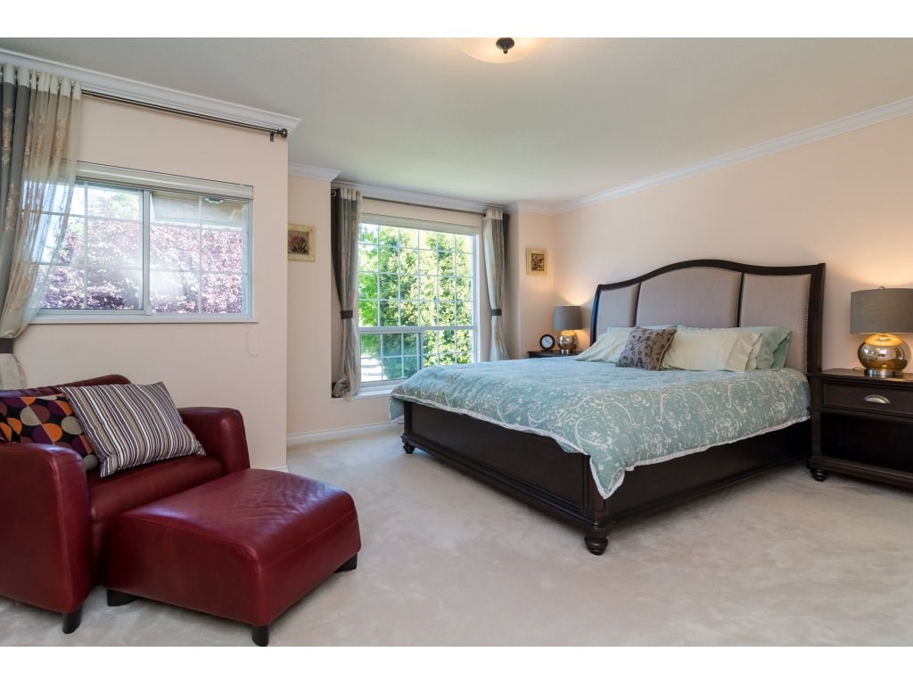 Detached at 13796 19A AVENUE, South Surrey White Rock, British Columbia. Image 15