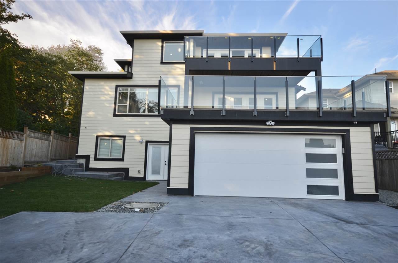 Detached at 1008 DELESTRE STREET, Coquitlam, British Columbia. Image 2