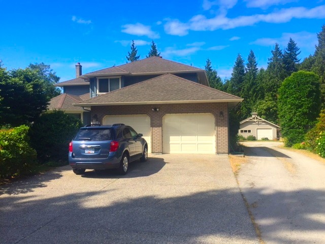 Detached at 1427 TANAGER PLACE, Sunshine Coast, British Columbia. Image 4