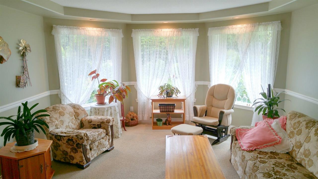 Detached at 1427 TANAGER PLACE, Sunshine Coast, British Columbia. Image 7