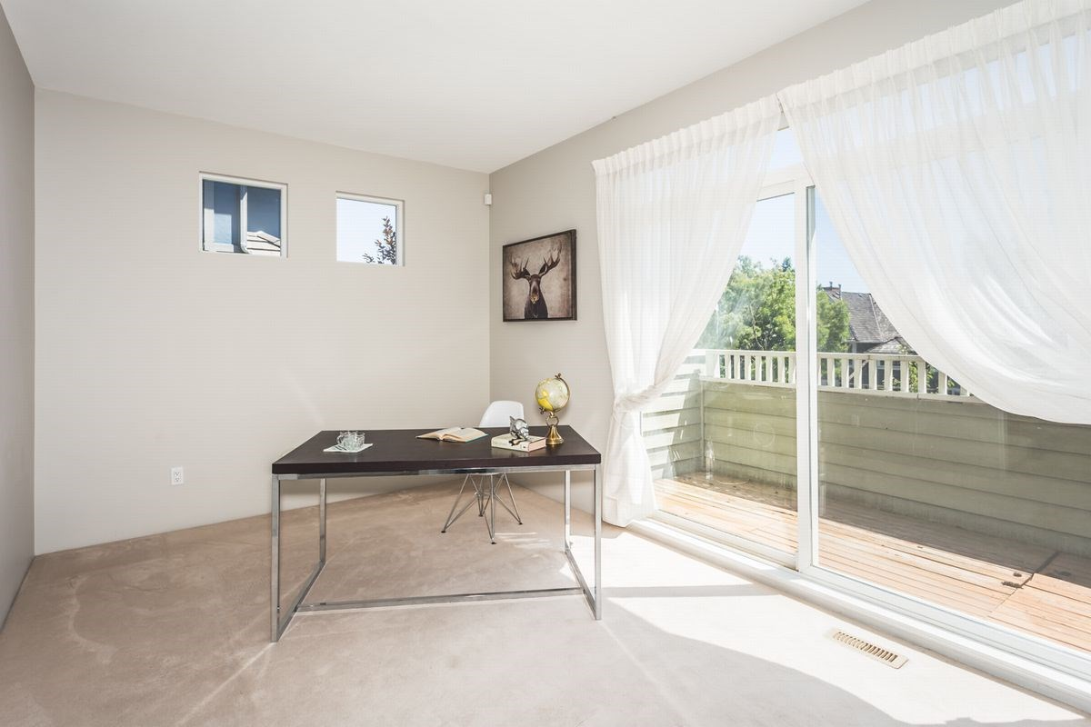 Detached at 15517 ROSEMARY HEIGHTS CRESCENT, South Surrey White Rock, British Columbia. Image 7