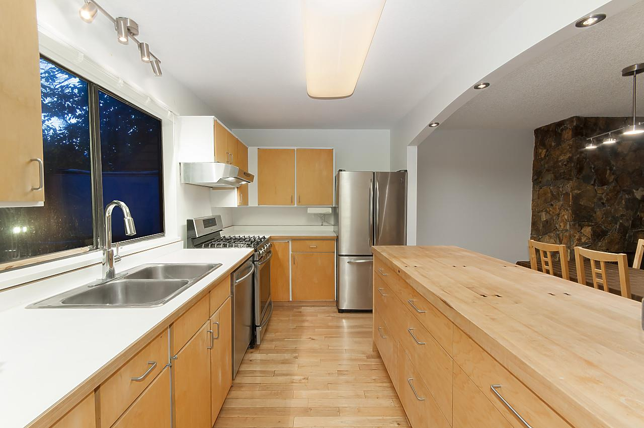 Townhouse at 407 CHESTERFIELD AVENUE, North Vancouver, British Columbia. Image 10