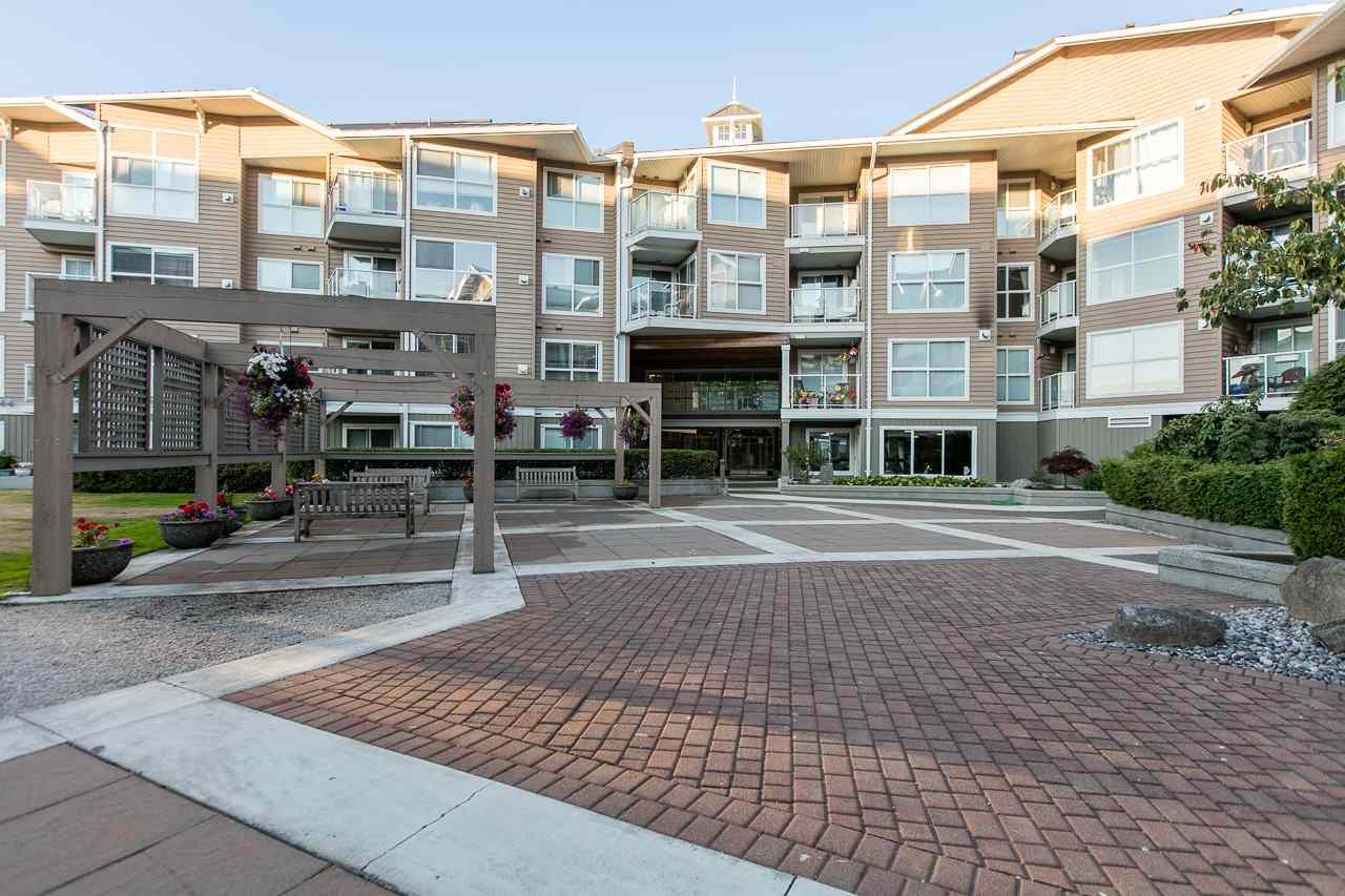 Condo Apartment at 216 5880 DOVER CRESCENT, Unit 216, Richmond, British Columbia. Image 20