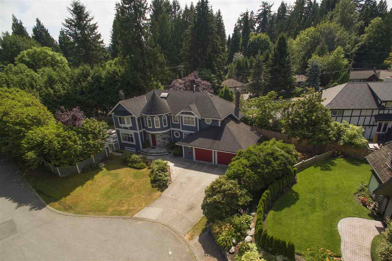 Detached at 441 INGLEWOOD AVENUE, West Vancouver, British Columbia. Image 1