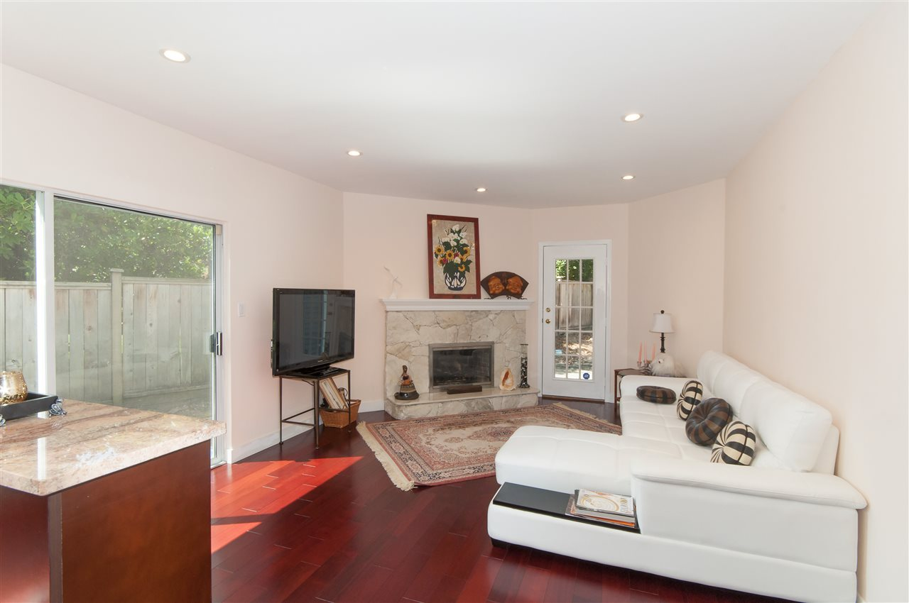 Detached at 441 INGLEWOOD AVENUE, West Vancouver, British Columbia. Image 7