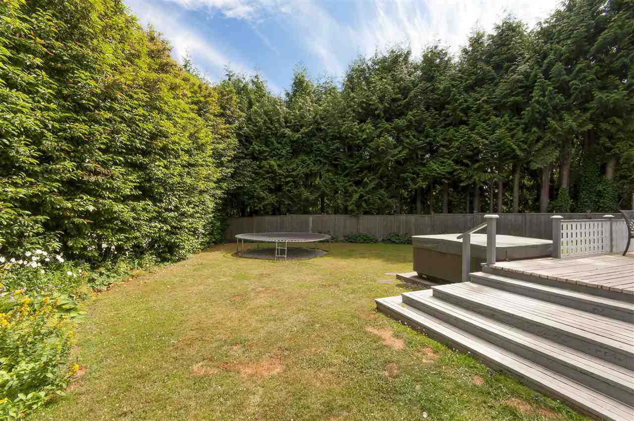 Detached at 441 INGLEWOOD AVENUE, West Vancouver, British Columbia. Image 17