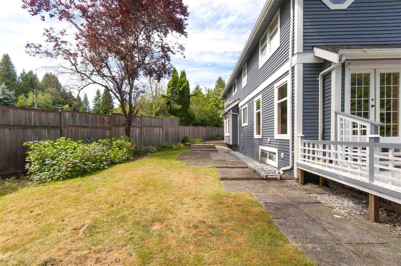 Detached at 441 INGLEWOOD AVENUE, West Vancouver, British Columbia. Image 18