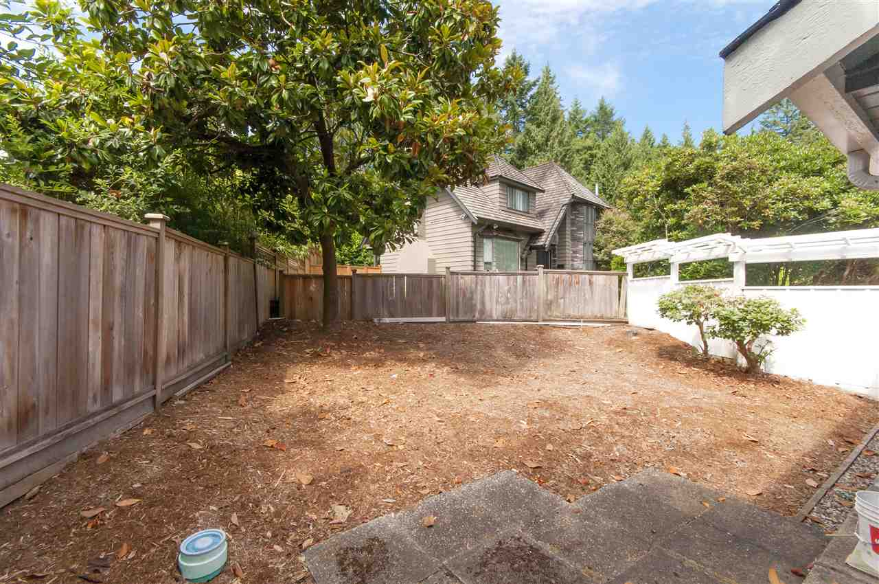 Detached at 441 INGLEWOOD AVENUE, West Vancouver, British Columbia. Image 19