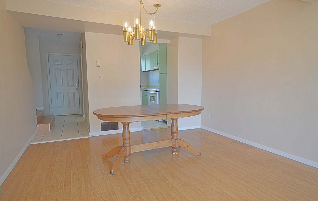 Townhouse at 18 10740 GUILDFORD DRIVE, Unit 18, North Surrey, British Columbia. Image 3