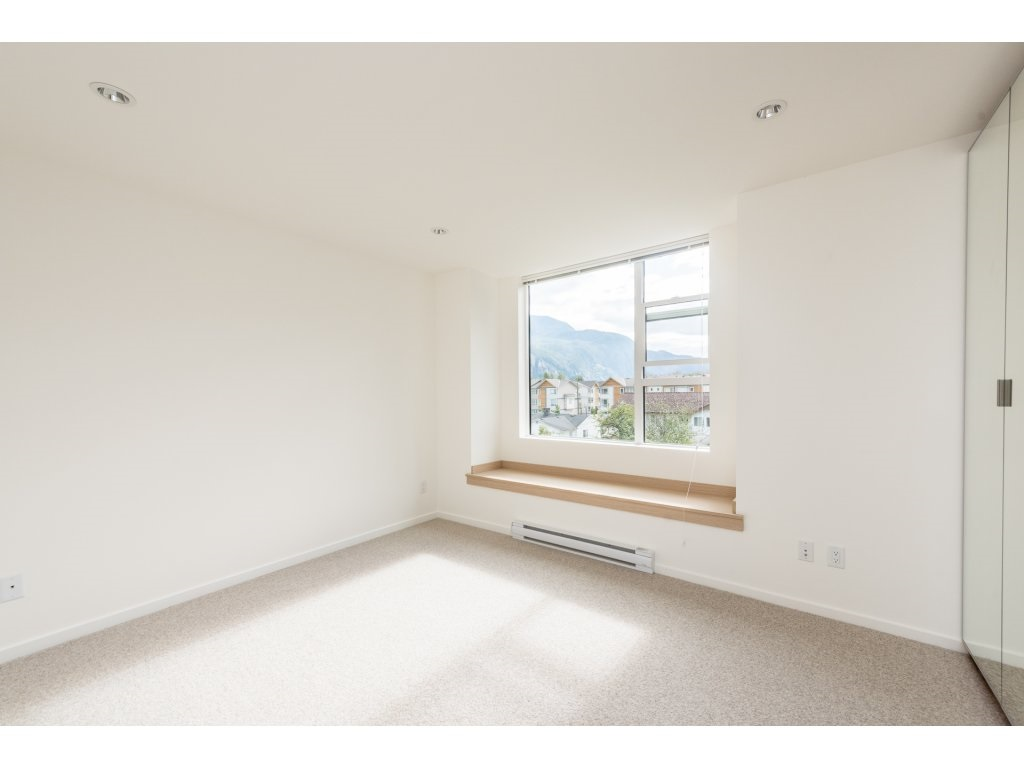 Townhouse at 9 38447 BUCKLEY AVENUE, Unit 9, Squamish, British Columbia. Image 13
