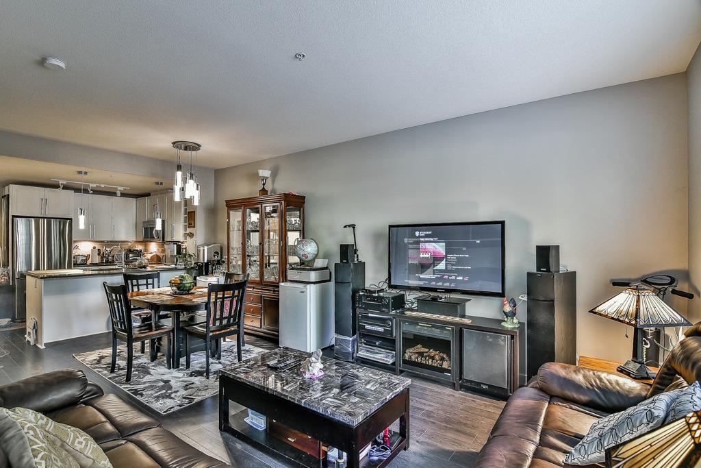 Condo Apartment at 109 14358 60 AVENUE, Unit 109, Surrey, British Columbia. Image 6