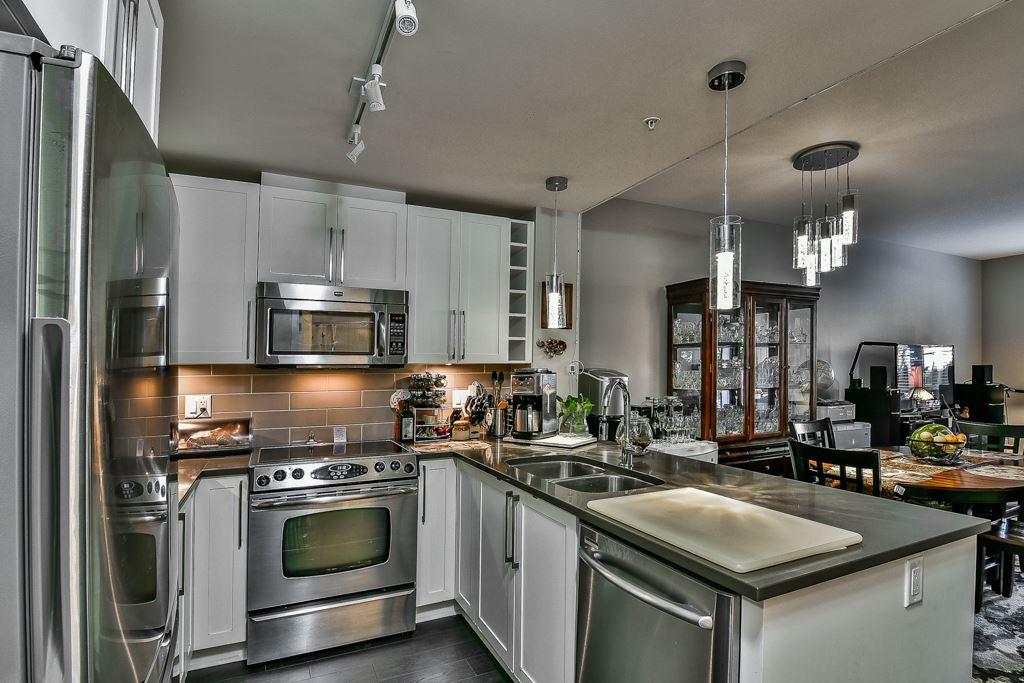 Condo Apartment at 109 14358 60 AVENUE, Unit 109, Surrey, British Columbia. Image 11
