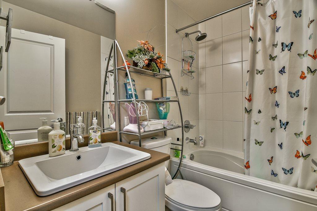 Condo Apartment at 109 14358 60 AVENUE, Unit 109, Surrey, British Columbia. Image 17