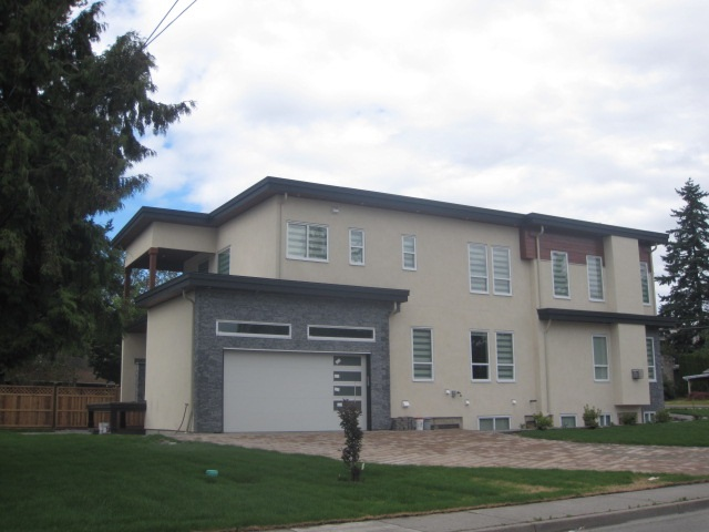 Detached at 1495 MAPLE STREET, South Surrey White Rock, British Columbia. Image 3