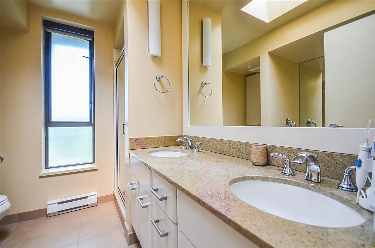 Townhouse at 190 W 6TH STREET, North Vancouver, British Columbia. Image 14