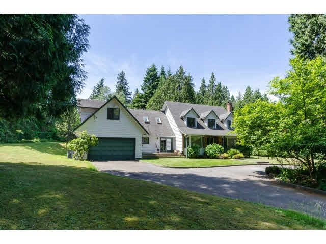 Detached at 3035 BALSAM CRESCENT, South Surrey White Rock, British Columbia. Image 9