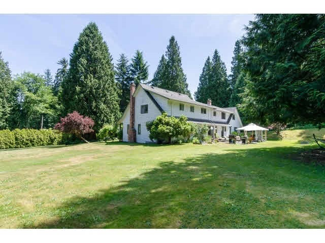 Detached at 3035 BALSAM CRESCENT, South Surrey White Rock, British Columbia. Image 10