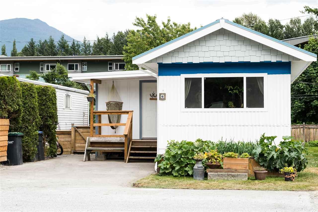 Detached at 6 39768 GOVERNMENT ROAD, Unit 6, Squamish, British Columbia. Image 18
