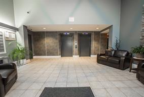 Condo Apartment at 303 11980 222 STREET, Unit 303, Maple Ridge, British Columbia. Image 3