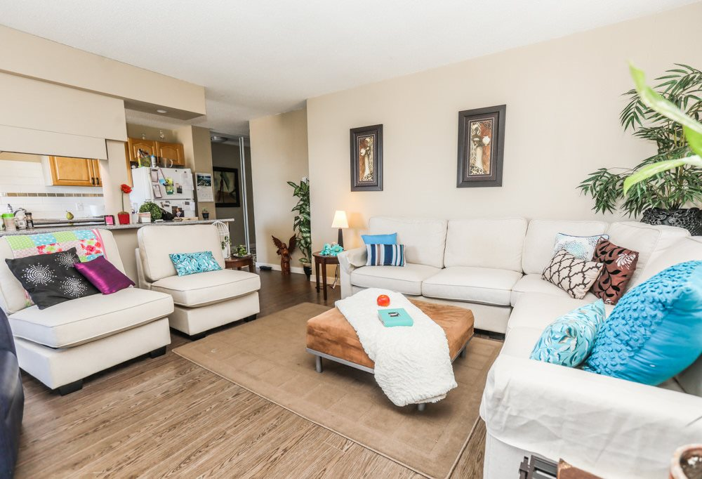 Condo Apartment at 303 11980 222 STREET, Unit 303, Maple Ridge, British Columbia. Image 10