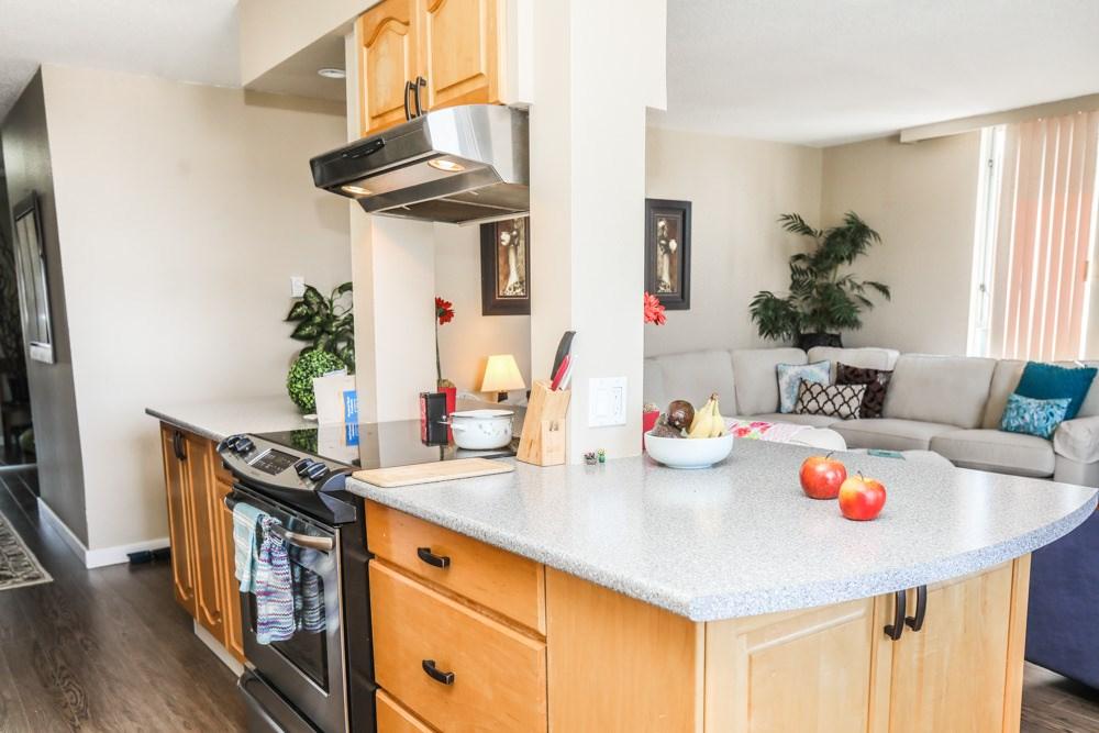 Condo Apartment at 303 11980 222 STREET, Unit 303, Maple Ridge, British Columbia. Image 14