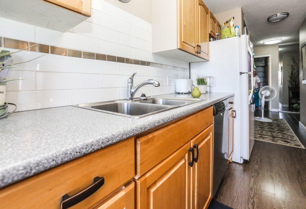 Condo Apartment at 303 11980 222 STREET, Unit 303, Maple Ridge, British Columbia. Image 15