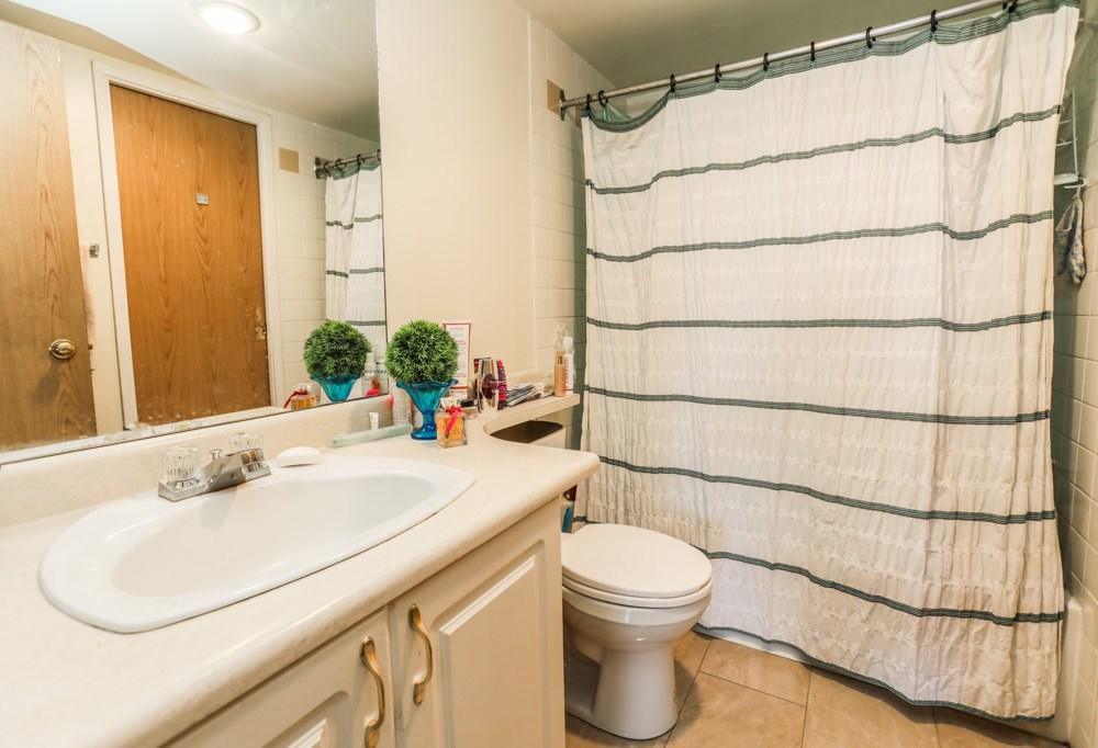Condo Apartment at 303 11980 222 STREET, Unit 303, Maple Ridge, British Columbia. Image 18